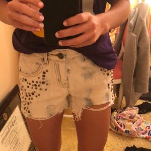 Urban outfitters acid wash detailed jean shorts